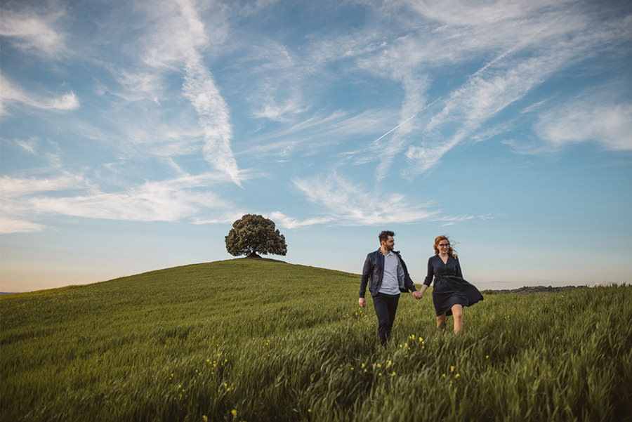 Engagement Tuscany Katja Simon Photography - Tranquil photos capture the beauty of tuscanys countryside